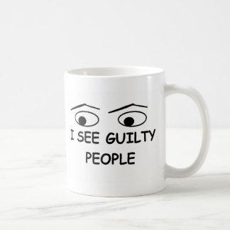 Ik zie schuldige mensen koffiemok