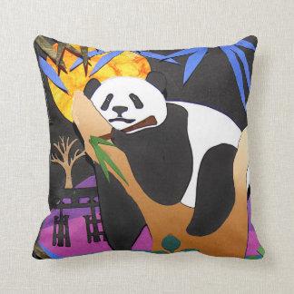 IN een Hoofdkussen van de Panda van het COMA van Sierkussen