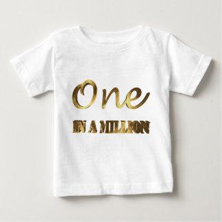 in miljoen Elegante Gouden Bruine Typografie Baby T Shirts