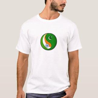 India + Pakistan in Harmonie T Shirt