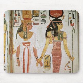 ISIS en Nefertari Muismat