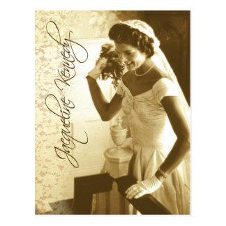 Jacqueline Kennedy die haar huwelijksboeket werpen Briefkaart