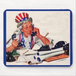 jaren '40 Oom Sam op de telefoon Muismat