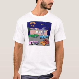 jaren '50 Diner Route 66 en Vintage Auto's T Shirt