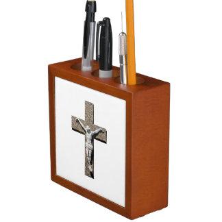 Jesus-Christus op een DwarsBeeldhouwwerk Pennenhouder