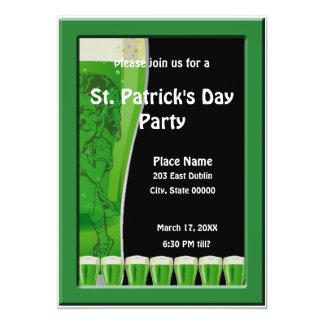Kabouter en de Groene St. Patrick van het Bier 12,7x17,8 Uitnodiging Kaart