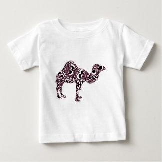 Kameel 2 baby t shirts
