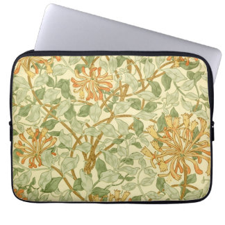 Kamperfoelie door William Morris Laptop Sleeve