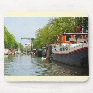 Kanaal in Amsterdam Muismat