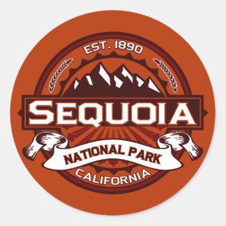 Karmozijnrode sequoia ronde sticker