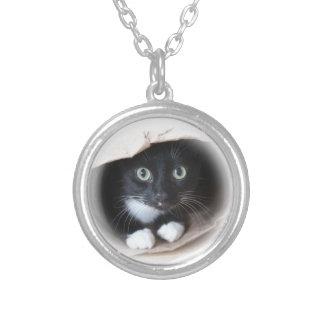 Kat in een zak zilver vergulden ketting