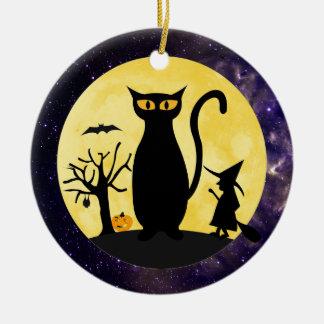 Kat op een Ornament van de Maan van Halloween