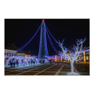Kerstboom in Cisnadie, Roemenië Fotoprints