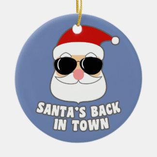 Kerstman terug in Stad Rond Keramisch Ornament