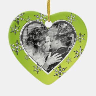 Kerstmis van harten en van Sneeuwvlokken Keramisch Hart Ornament