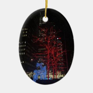 Kerstmis van het rendier steekt de Stad Manhattan Keramisch Ovaal Ornament