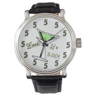 Kijk!  Het is 5:00!  Het Horloge van martini