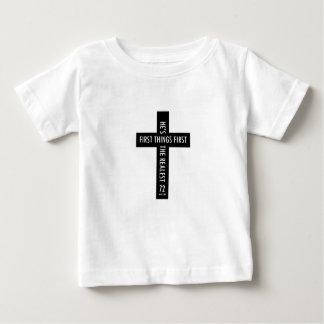 kinder godsdienstige dwars eerste dingen eerste baby t shirts