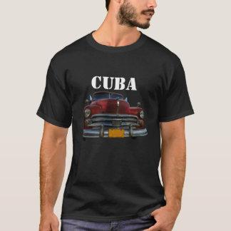 Klassieke Amerikaanse auto in Vinales, Cuba T Shirt