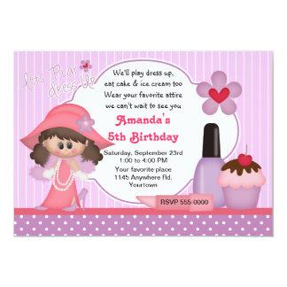 Kleding op de Partij van de Verjaardag 12,7x17,8 Uitnodiging Kaart