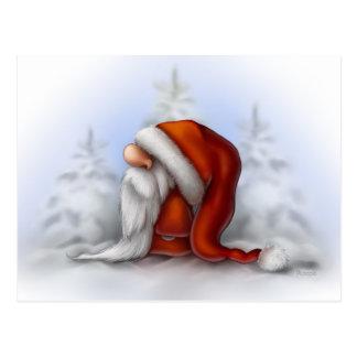 Kleine Kerstman in de sneeuw Briefkaart