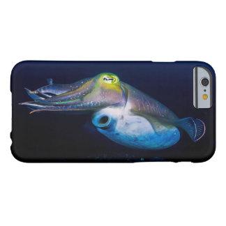 Kleurrijke Inktvissen op het Grote Barrièrerif Barely There iPhone 6 Hoesje