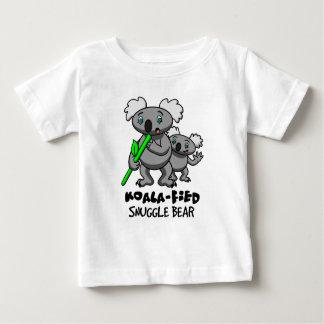 Koala-Fied nestelen zich Beer Baby T Shirts