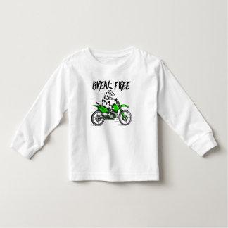 Koe die een groene motor dwarsfiets berijden kinder shirts