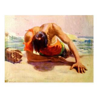 Koel Briefkaart met Man Gered door het Strand