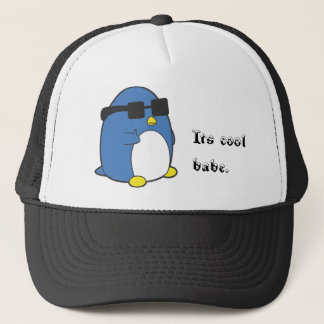 Koele Penguino Trucker Pet