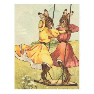 """""""Konijnen op een Schommeling"""" Vintage Pasen Briefkaart"""