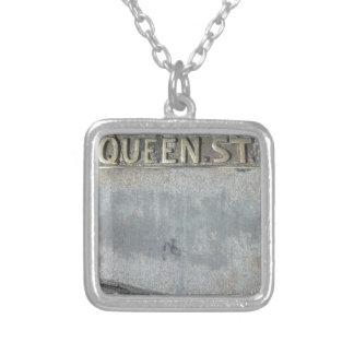 Koningin Street… wordt Uw Royalty! Ketting Vierkant Hangertje