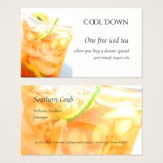 Koude thee met citrusvruchtenplakken visitekaartjes