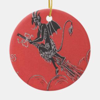 Krampus die op Bezem vliegen Rond Keramisch Ornament