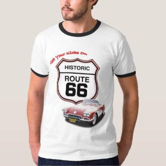 Krijg uw Schoppen op Route 66--Rode Auto T T Shirt
