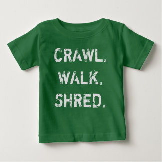 Kruip, loop, verscheur de T-shirt van het Baby