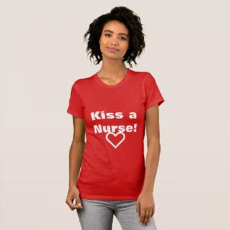 Kus de t-shirt van verpleegstersValentijn