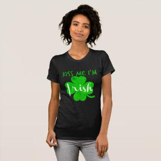 kus me het im Iers T Shirt