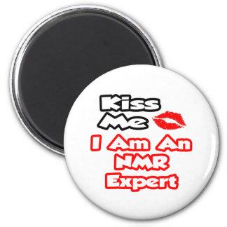 Kus me… ik ben een NMR Deskundige Koelkast Magneten