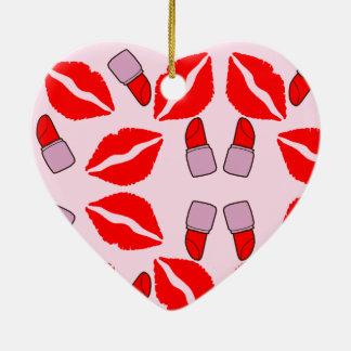 kussen en lippenstiften keramisch hart ornament