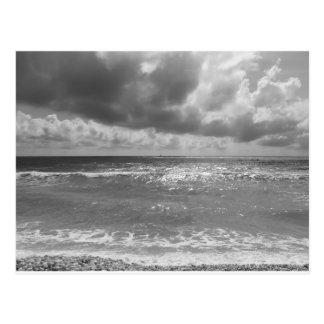 Kust van DiPisa strand van de Jachthaven in een Briefkaart