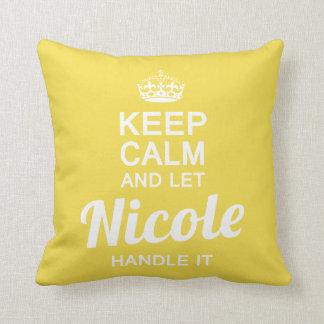 Laat het handvat van Nicole het Sierkussen