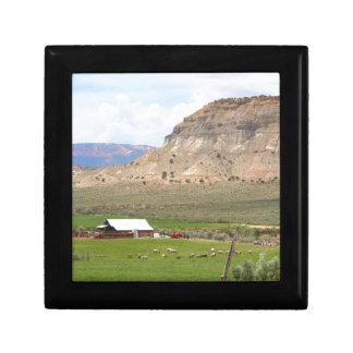 Landbouw land en heuvels, zuidelijk Utah Decoratiedoosje