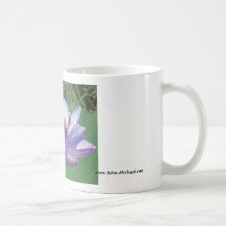 Lavendel Lotus bij Aquatische Tuinen Kenilworth Koffiemok
