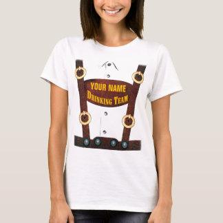 Lederhosen die de T-shirt van het Team drink