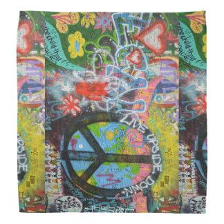 Leef de Omgekeerde Muur van het Teken van de Vrede Bandana