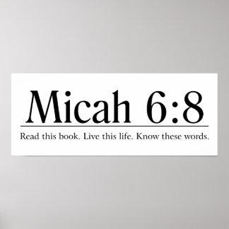 Lees het 6:8 van Micah van de Bijbel Poster
