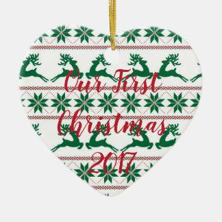 Lelijke Sweater Ons Ornament van Eerste Kerstmis