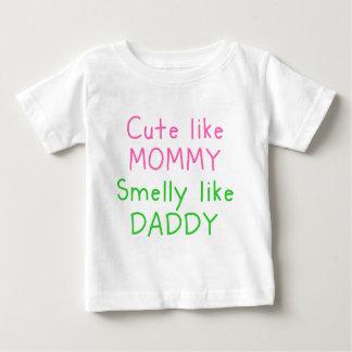 Leuk als Mama, Stinkend als Papa Baby T Shirts
