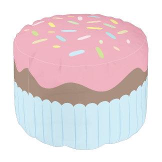 Leuke Bestrooide Pastelkleur Roze Cupcake Poef